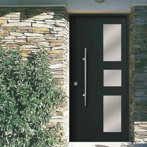 Puertas de vivienda y garaje