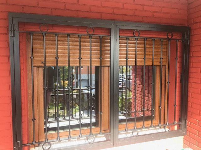 ventana de aluminio color madera