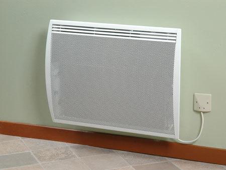 Instalación y conexión del radiador completadas.