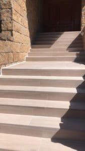 Reforma de escalera exterior en Fuente Fresno (Madrid)
