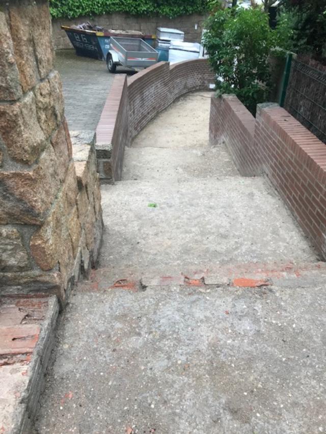 imagen de escalera levantada