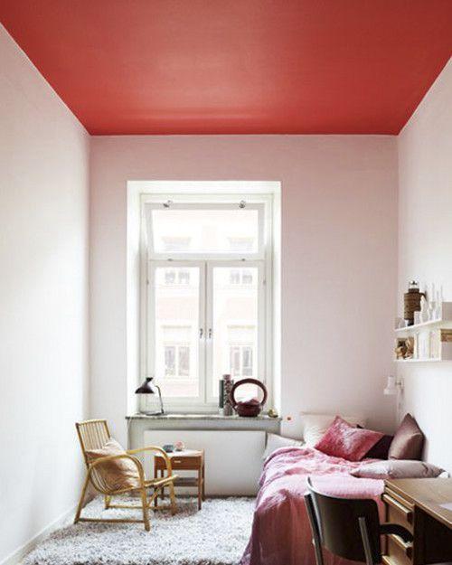 Habitacion pintada con diferentes tonos de rosa en Los Molinos 2