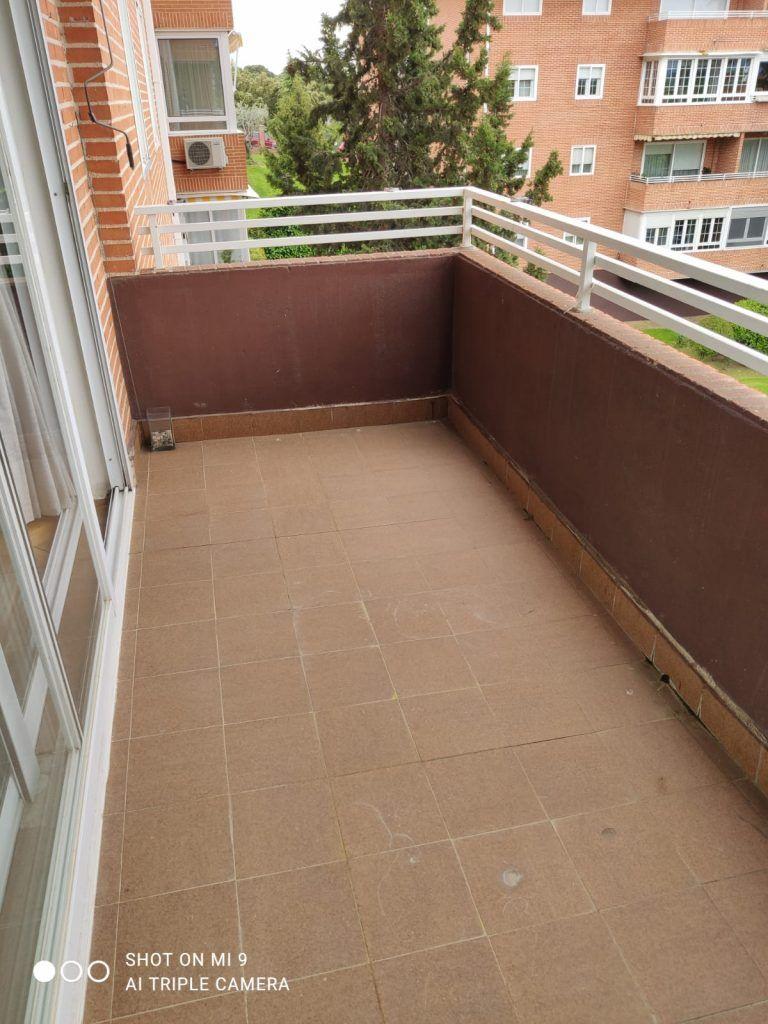 terraza exterior antes de la reforma